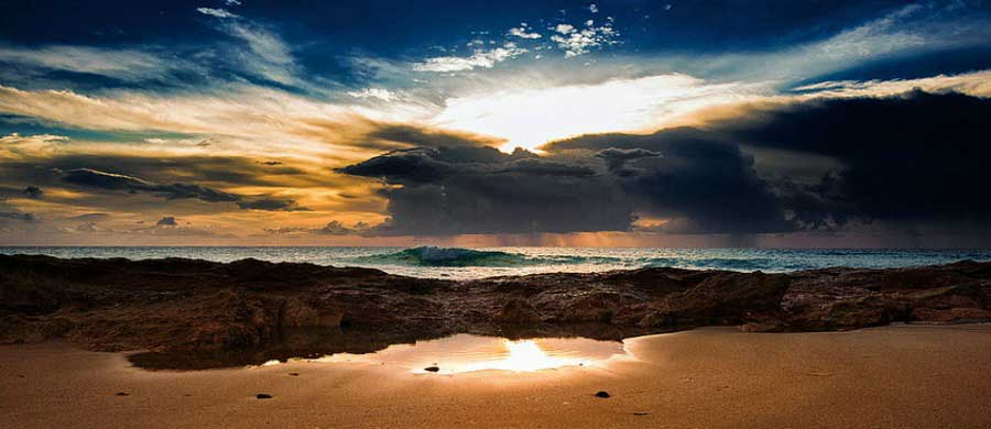 10-amazing-pictures-of-thunderstorms-shoreline