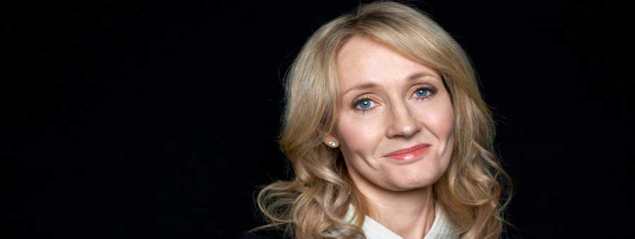 7-iconic-photos-of-famous-moms-jk-rowling