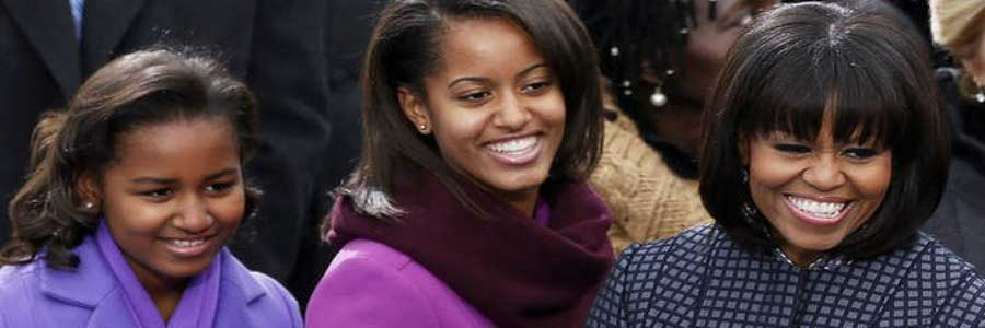 7-iconic-photos-of-famous-moms-michelle-obama
