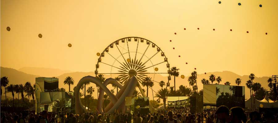 awesome-photo-from-festivals-coachella-sunset