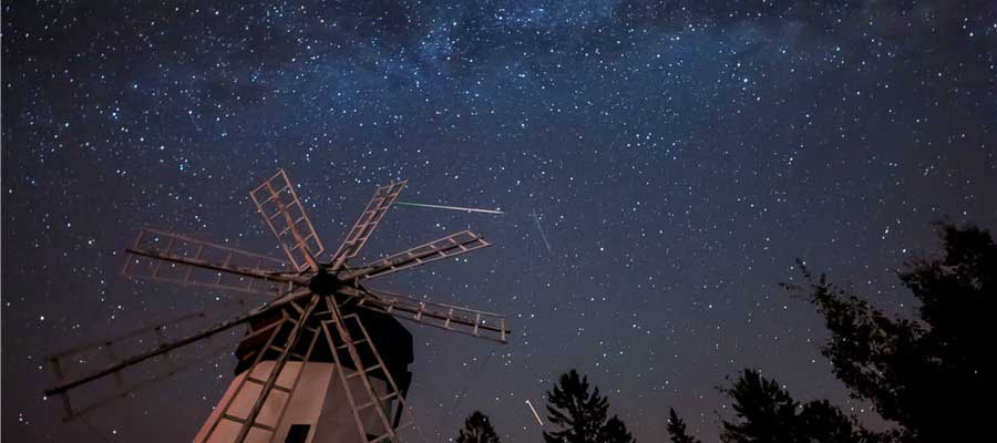 meteor-showers-photos-that-caught-the-falling-stars-1