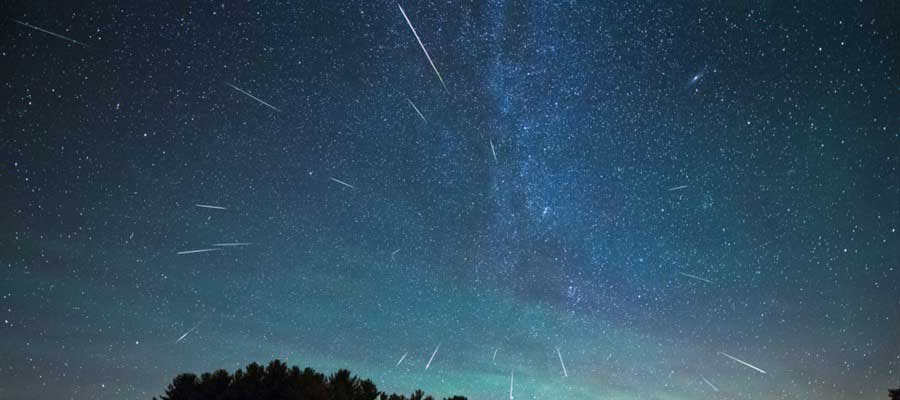 meteor-showers-photos-that-caught-the-falling-stars-9
