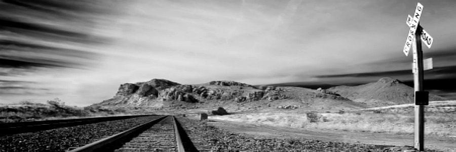 railway-arizona-black-and-white-art-photography