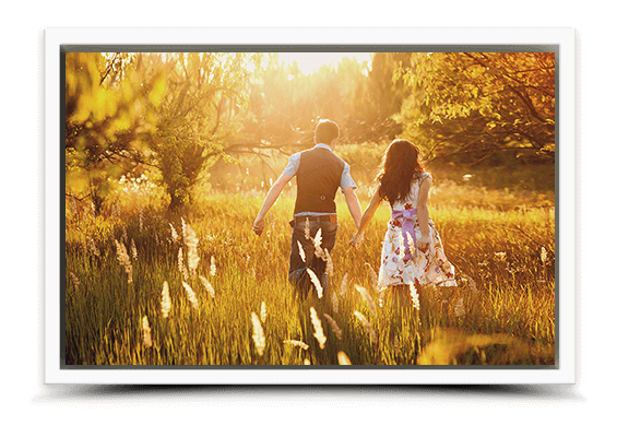 canvas print in white frame fullview