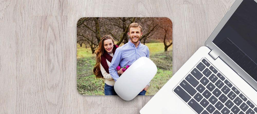 Mejor que plástico: una agradable alfombrilla de microfibra con tu foto