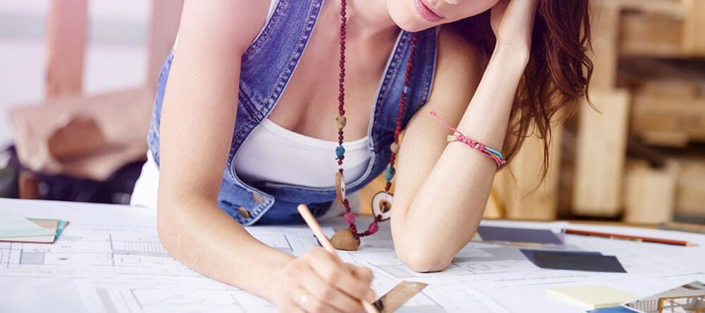 ¿No te apetece estar sentado todo el día? ¡Un pupitre para escribir de pie será tu solución!