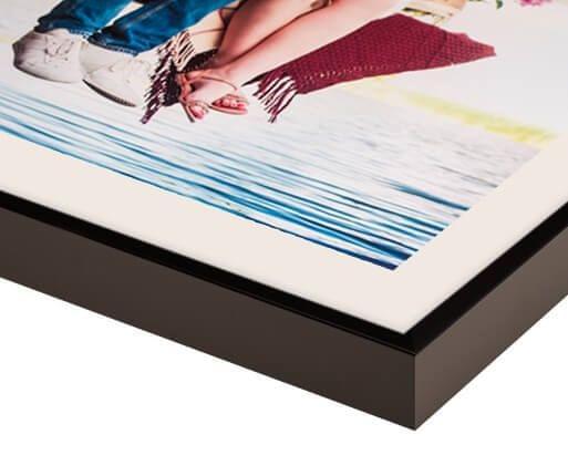 Schwarzer Mattrahmen für Leinwanddruck