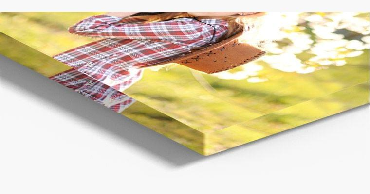 foto hinter acrylglas nahaufnahme